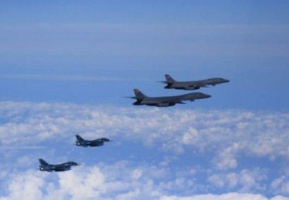 پرواز هواپیماهای آمریکایی بر فراز بغداد