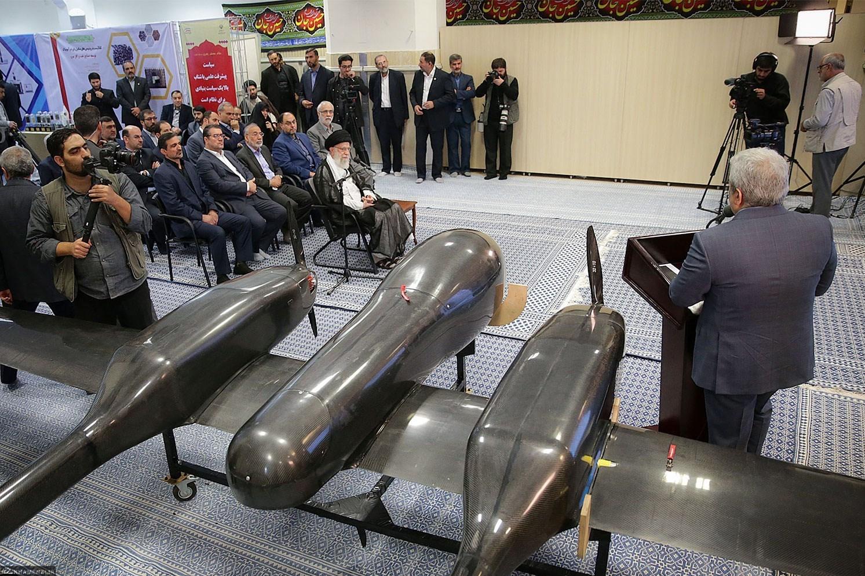 نمایش پهپاد جدید در جریان بازدید رهبری   برنامه ایران برای ساخت پهپادهای دو موتوره