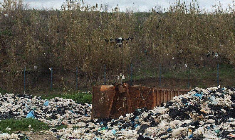 ضدعفونی با پهپاد از سایت بازیافت زباله آزادشهر برای مقابله با کرونا